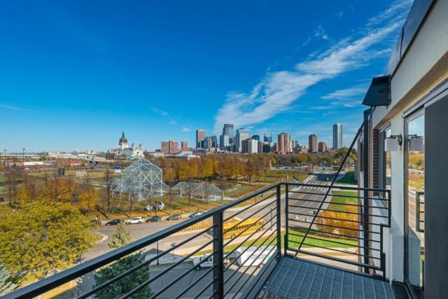 48 Groveland Terrace B411, Minneapolis, MN 55403 (#5018181) :: The Sarenpa Team
