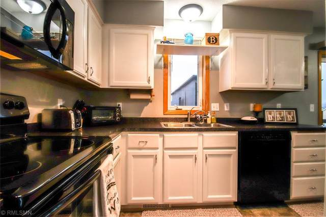 1005 Larch Street, Farmington, MN 55024 (#5548552) :: The Preferred Home Team