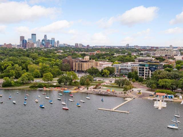 1805 W Lake Street #403, Minneapolis, MN 55408 (#5616053) :: The Janetkhan Group