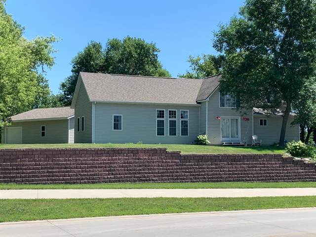 121 252nd Avenue, Orleans, IA 51360 (#5616597) :: Servion Realty