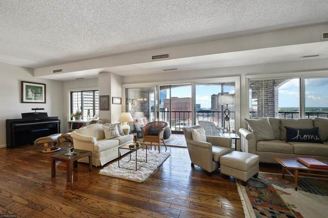 1201 Yale Place #1507, Minneapolis, MN 55403 (#5632923) :: Bre Berry & Company