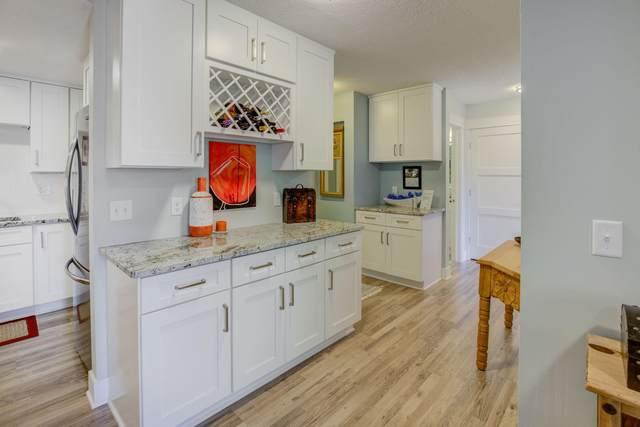 10401 Cedar Lake Road #410, Minnetonka, MN 55305 (#5641220) :: Bre Berry & Company