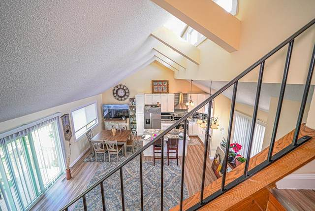 12051/12059 Xeon Street Nw, Coon Rapids, MN 55448 (#5659369) :: Tony Farah | Coldwell Banker Realty