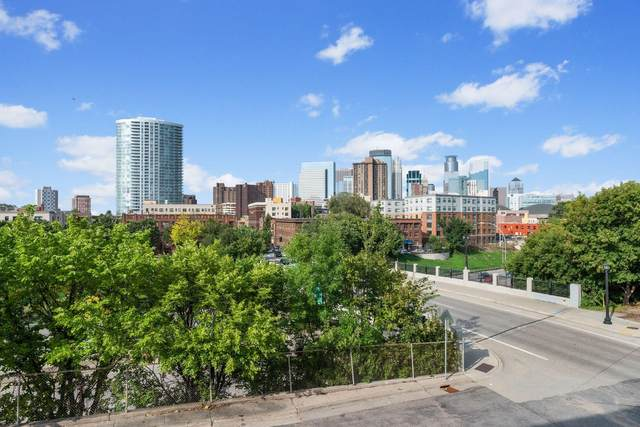 1800 Lasalle Avenue #203, Minneapolis, MN 55403 (#5685931) :: The Jacob Olson Team