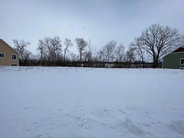 1422 Woodland Way, Lake City, MN 55041 (#5701874) :: The Pomerleau Team