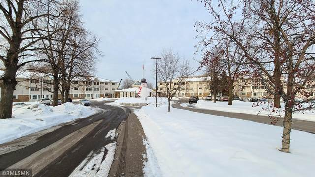 4400 36th Avenue N #235, Robbinsdale, MN 55422 (#5707631) :: Straka Real Estate