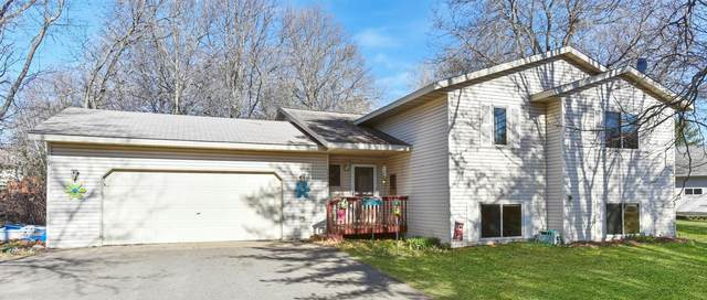 13959 Grand Oaks Drive, Baxter, MN 56425 (#5709388) :: The Pietig Properties Group
