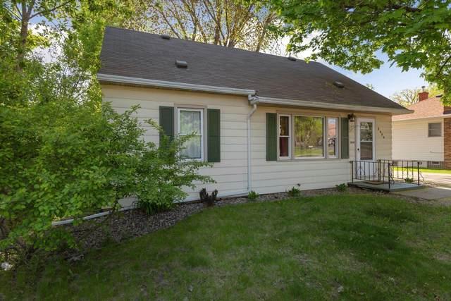 2636 Fairview Avenue N, Roseville, MN 55113 (#5719206) :: Carol Nelson | Edina Realty