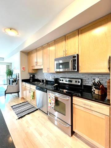 317 Groveland Avenue #204, Minneapolis, MN 55403 (#5735632) :: The Smith Team