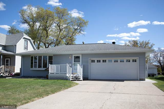 512 Central Avenue N, Crookston, MN 56716 (#5754896) :: The Smith Team