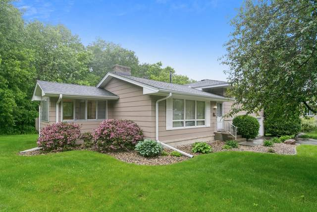 1725 Aquila Avenue N, Golden Valley, MN 55427 (#5763418) :: Tony Farah   Coldwell Banker Realty