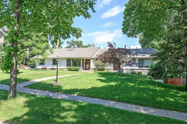 2111 Irving Avenue S, Minneapolis, MN 55405 (#5769134) :: Tony Farah | Coldwell Banker Realty