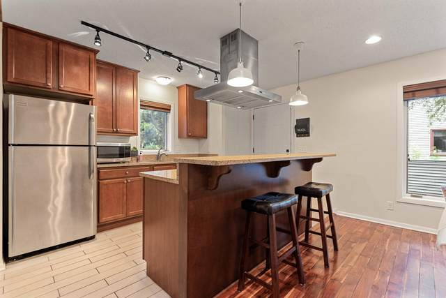 2116 22nd Avenue S, Minneapolis, MN 55404 (#6011114) :: Bre Berry & Company