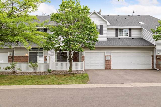 17837 Cobblestone Way, Eden Prairie, MN 55347 (#6023166) :: Bos Realty Group