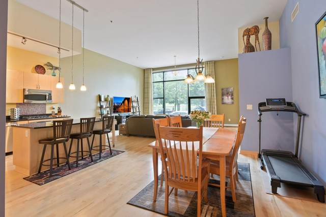 215 10th Avenue S #114, Minneapolis, MN 55415 (#6025779) :: Bos Realty Group