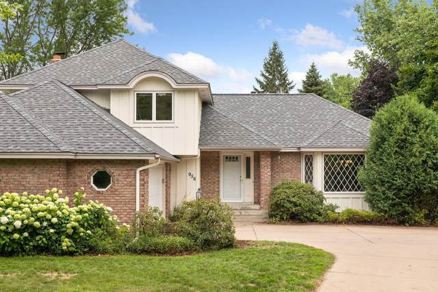 956 Meadow Avenue, Shoreview, MN 55126 (#6046668) :: Lakes Country Realty LLC