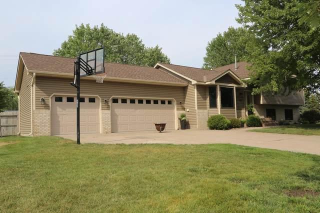 651 Hickory Place, Lino Lakes, MN 55014 (#6076599) :: The Duddingston Group