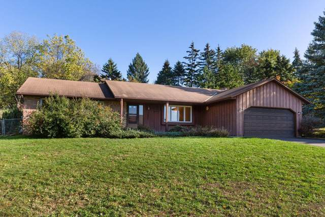 13622 Harwell Court, Apple Valley, MN 55124 (#6113902) :: Twin Cities South