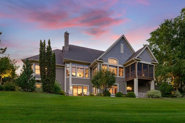 3235 Crestmoor Drive, Woodbury, MN 55125 (#4940742) :: The Snyder Team