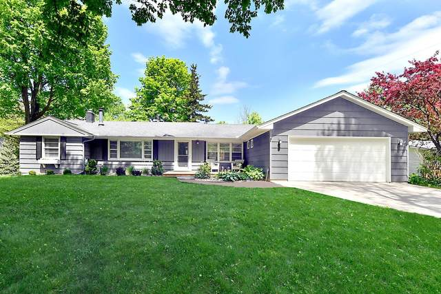 301 Ridgeview Drive, Wayzata, MN 55391 (#5577967) :: Tony Farah | Coldwell Banker Realty