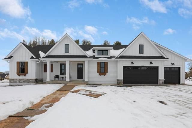 6370 Ranier Lane N, Maple Grove, MN 55311 (#5637018) :: Happy Clients Realty Advisors
