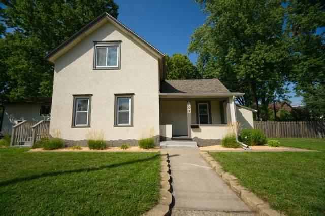 709 24th Avenue NE, Minneapolis, MN 55418 (#5646162) :: The Preferred Home Team