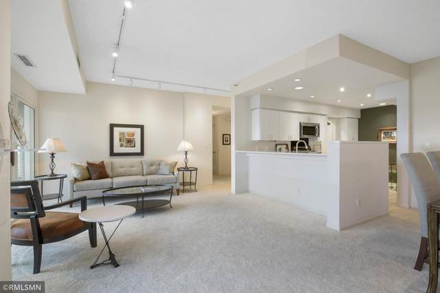 1201 Yale Place #607, Minneapolis, MN 55403 (#5679202) :: Holz Group