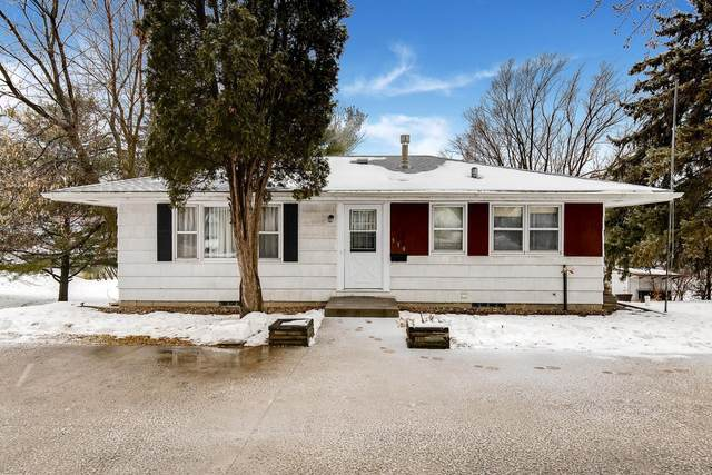 310 4th Street NW, New Prague, MN 56071 (#5685220) :: Tony Farah | Coldwell Banker Realty