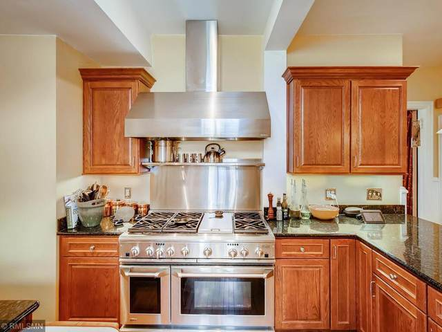 1051 Hague Avenue, Saint Paul, MN 55104 (#5745480) :: The Preferred Home Team