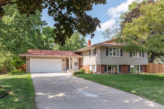 1947 Ryan Avenue W, Roseville, MN 55113 (#6026464) :: Happy Clients Realty Advisors