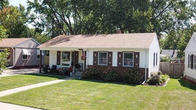 2096 Jessamine Avenue E, Saint Paul, MN 55119 (#6092860) :: The Pietig Properties Group