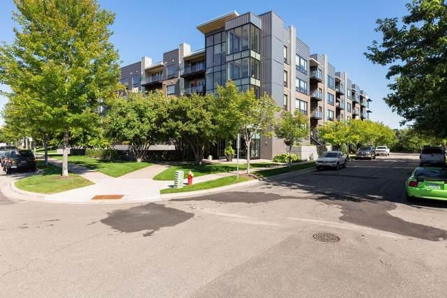 284 Spring Street #207, Saint Paul, MN 55102 (#5626025) :: The Pietig Properties Group