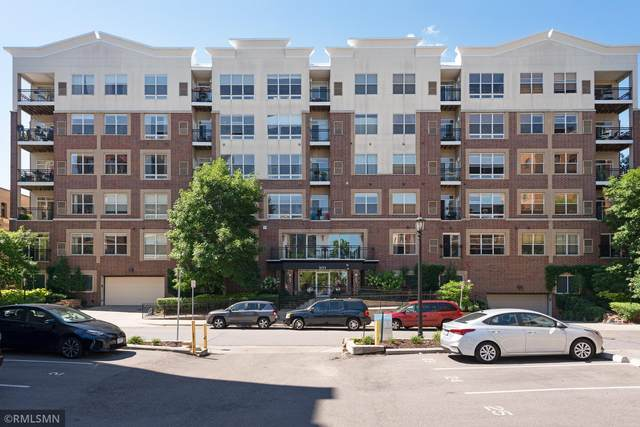301 Oak Grove Street #210, Minneapolis, MN 55403 (#5634109) :: Bos Realty Group