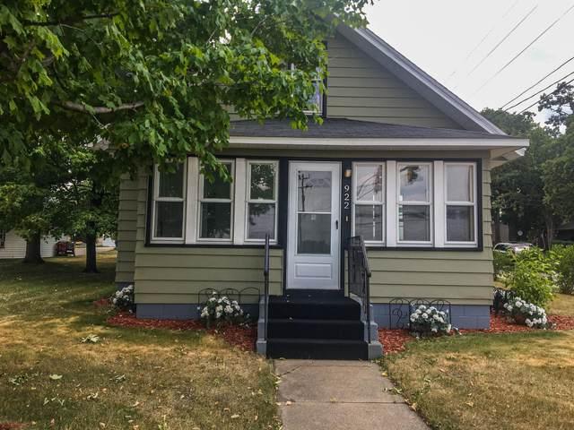922 3rd Street N, Waite Park, MN 56387 (#5689619) :: Carol Nelson | Edina Realty