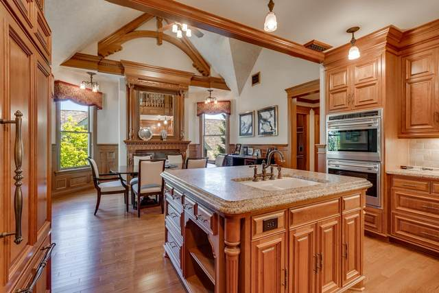 201 Mill Street W201, Excelsior, MN 55331 (#5751778) :: Holz Group