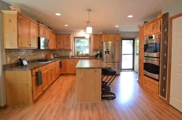 4911 Morehead Avenue, White Bear Lake, MN 55110 (#5762774) :: The Smith Team