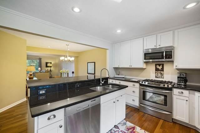 1820 River Ridge Road #8, Hudson, WI 54016 (#6018452) :: The Pietig Properties Group