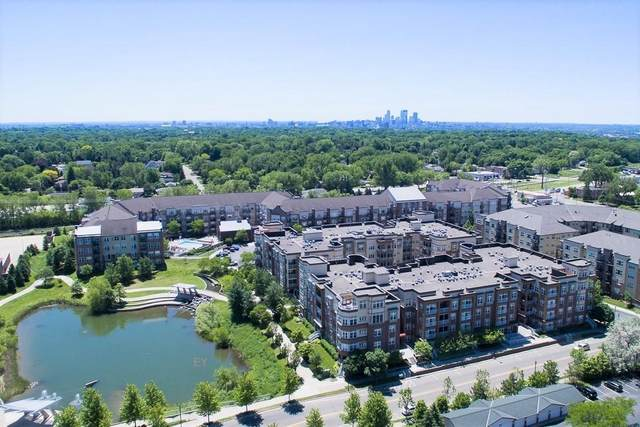 2407 39th Avenue NE #410, Saint Anthony, MN 55421 (#6073070) :: The Pietig Properties Group