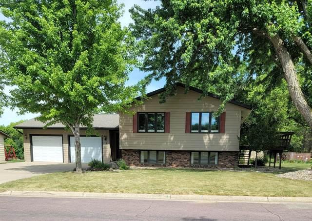 609 13th Street N, Mountain Lake, MN 56159 (#6012100) :: Servion Realty