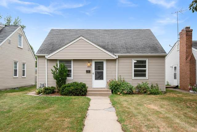 5832 Russell Avenue S, Minneapolis, MN 55410 (#6016916) :: Holz Group