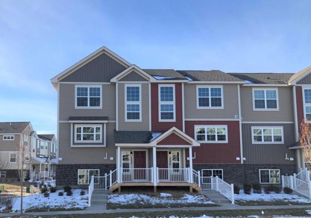 7537 Woods Edge Boulevard, Lino Lakes, MN 55014 (#4958359) :: Olsen Real Estate Group