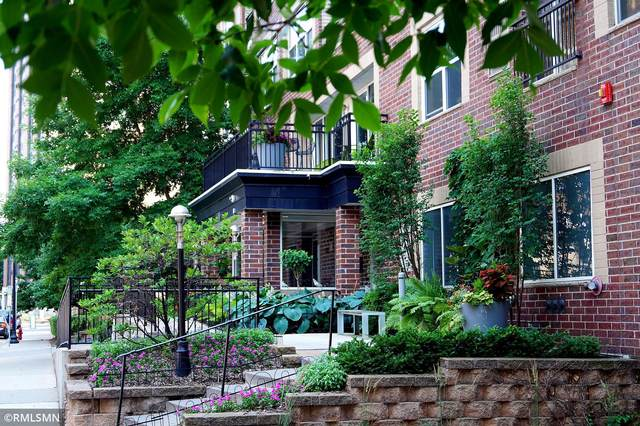 301 Oak Grove Street #211, Minneapolis, MN 55403 (#5678335) :: Bos Realty Group