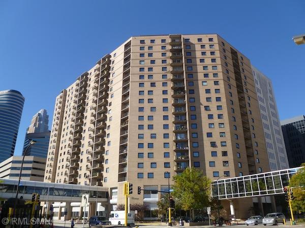 121 Washington Avenue S #1008, Minneapolis, MN 55401 (#4966766) :: The Preferred Home Team