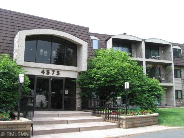 4575 W 80th Street Circle #311, Bloomington, MN 55437 (#4971675) :: Twin Cities Listed