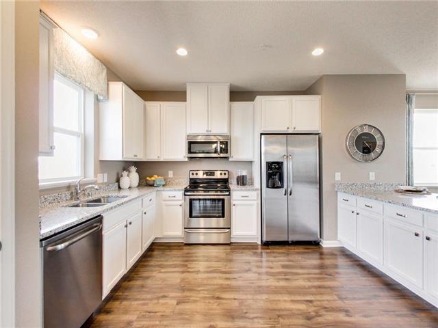 9646 Olive Lane N, Maple Grove, MN 55311 (#4974554) :: Olsen Real Estate Group