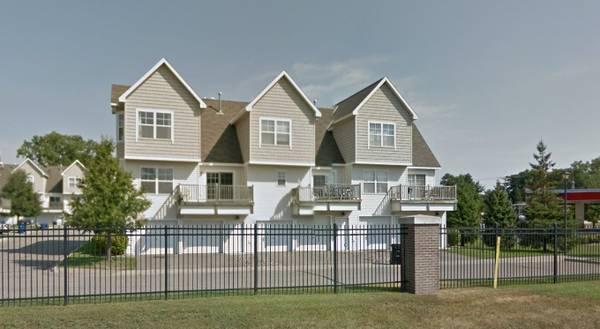 5720 4th Street NE, Fridley, MN 55432 (#4981781) :: The Preferred Home Team