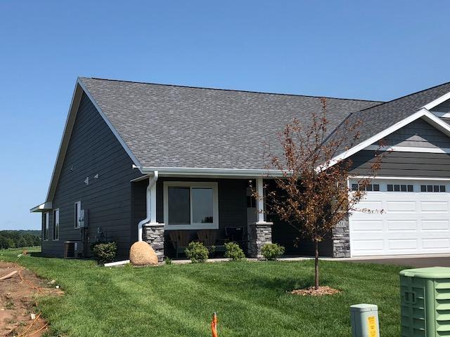 618 Kreekview Drive, Osceola, WI 54020 (#4989236) :: The Hergenrother Group North Suburban