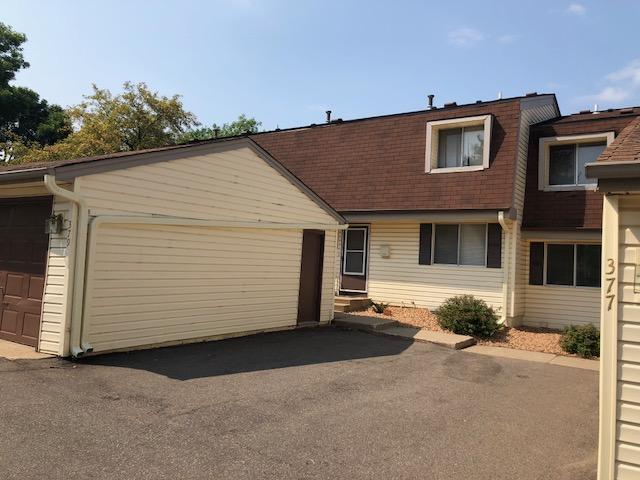 379 Pond Court S, Maplewood, MN 55119 (#5006930) :: Olsen Real Estate Group