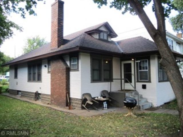 415 Fairview Avenue N, Saint Paul, MN 55104 (#5011854) :: The Odd Couple Team