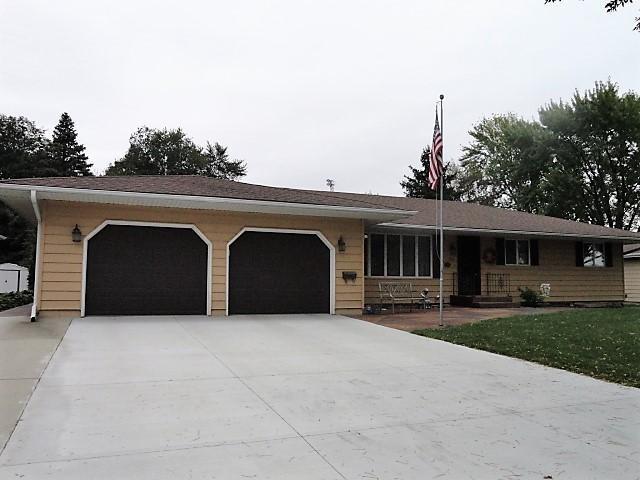 223 S Elk Street, Belle Plaine, MN 56011 (#5012014) :: The Preferred Home Team